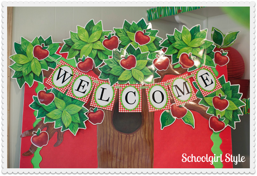 Apple theme schoolgirlstyle for Apple tree classroom decoration