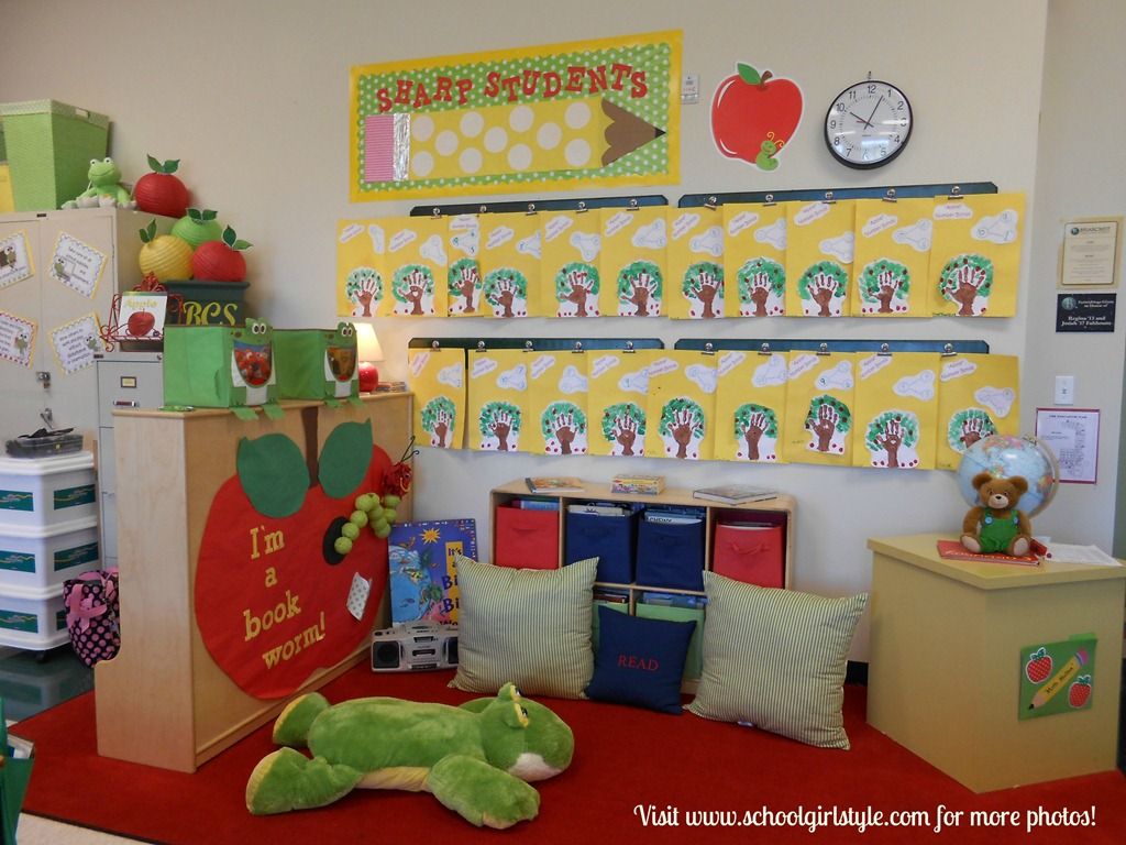 Cute classroom inspiration by kathy mcferran memphis tn for Apple tree classroom decoration