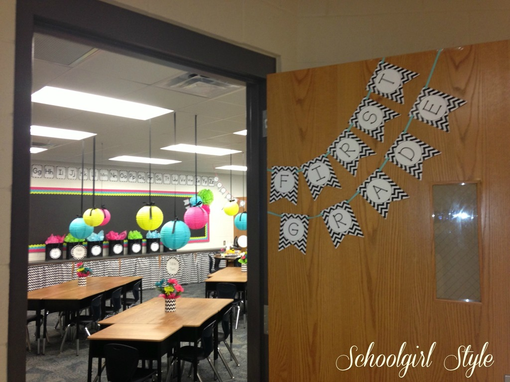 High School Classroom Decor Themes ~ Karen marinelli s classroom makeover schoolgirlstyle