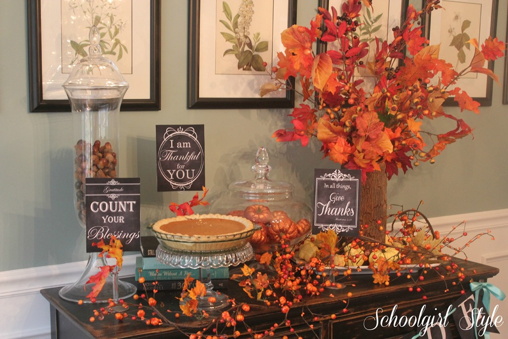 Celebrate thanksgiving with sgs schoolgirlstyle for Thanksgiving home decorations